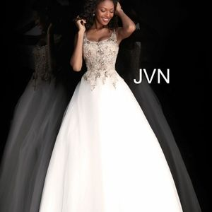 Jovan Off White Ballgown